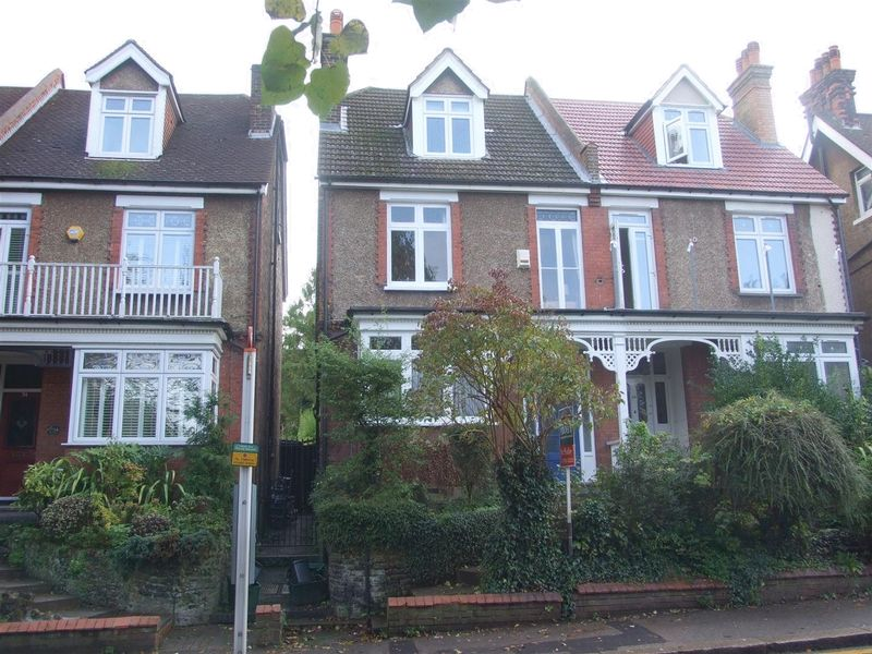 Mayfield Road, Sanderstead