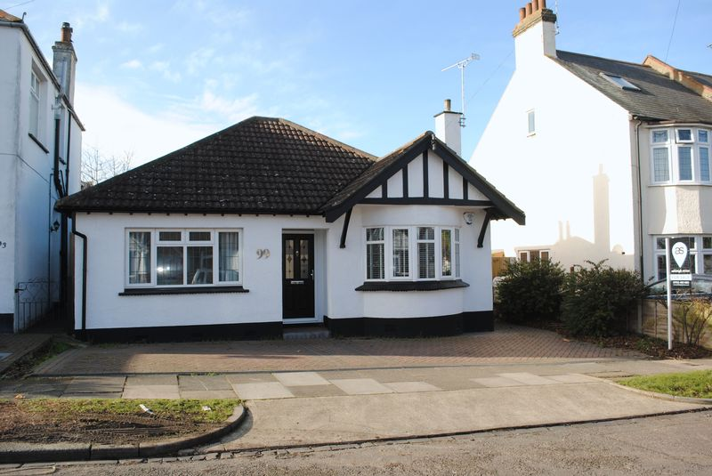 Woodfield Park Drive, Leigh-on-sea