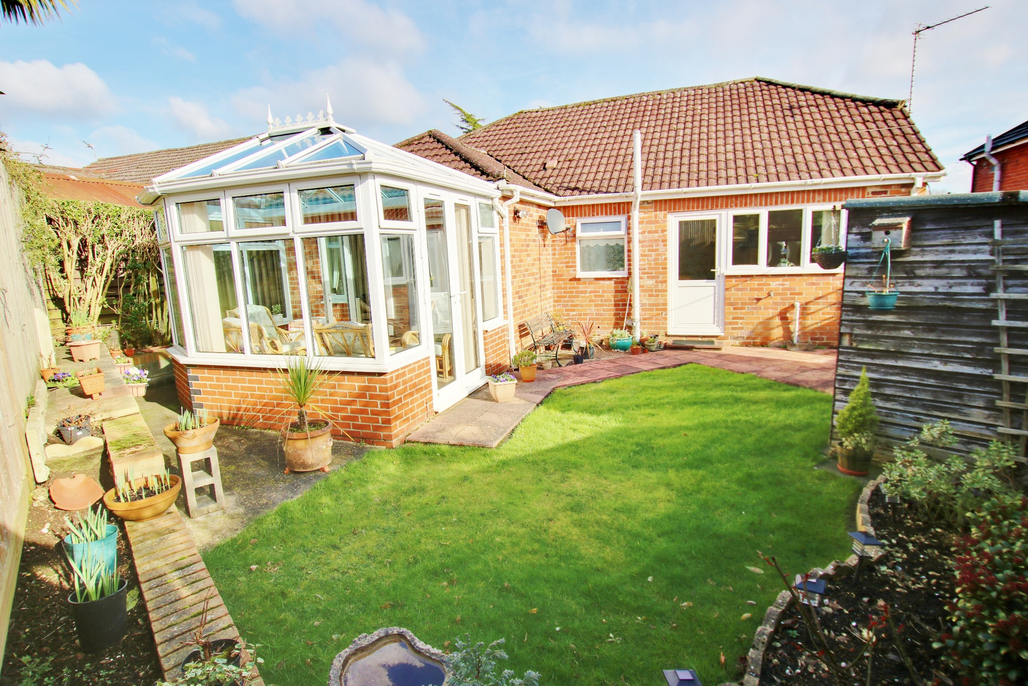 VIEWS OVER ALLOTMENTS! TWO DOUBLE BEDROOMS! A MUST SEE!