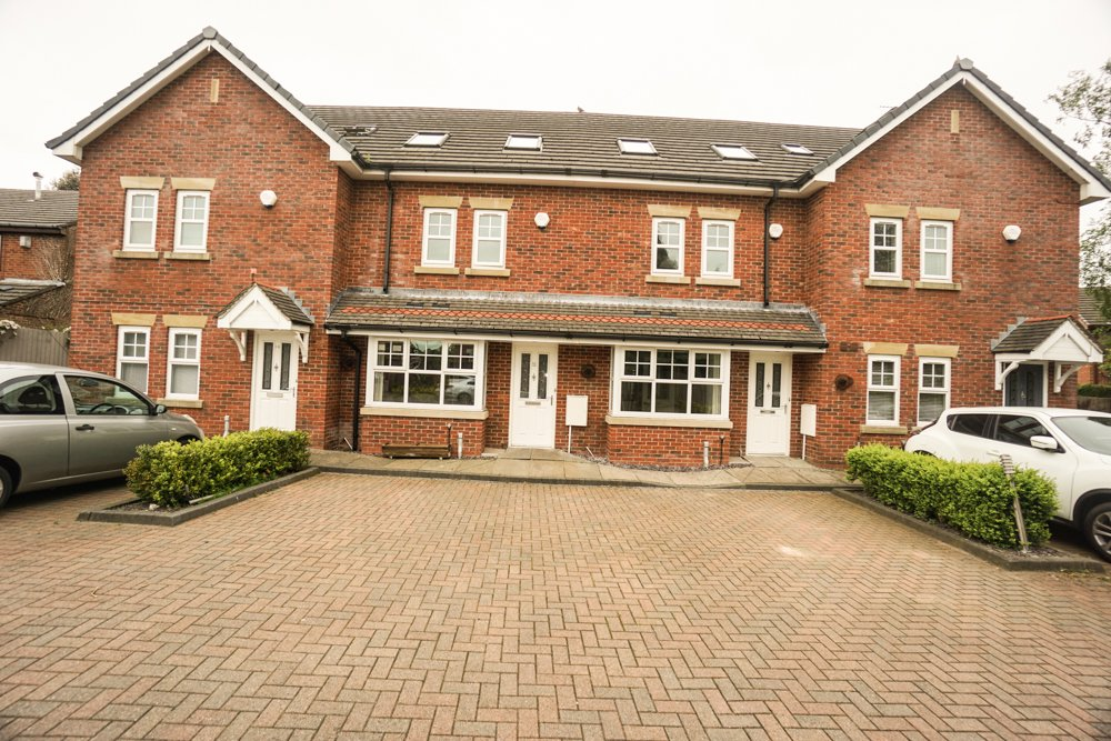 Bampton Close, Westhoughton, Bolton