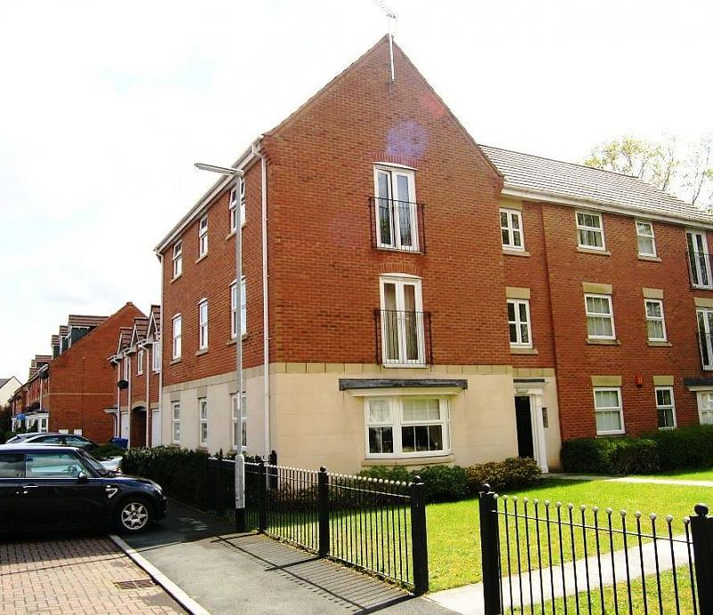 69 Rockford Gardens, Great Sankey, Warrington