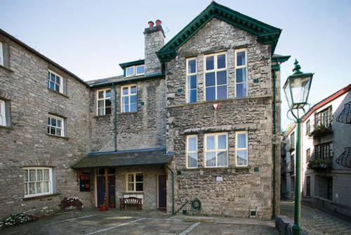 Flat 1, Yard 94, Highgate, New Inn House, Kendal, Kendal