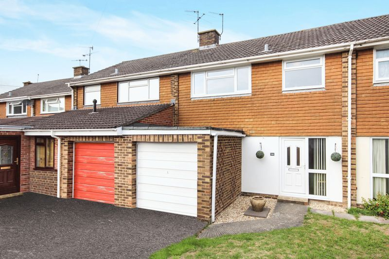 Chichester Close, Harnham, Salisbury, Sp2