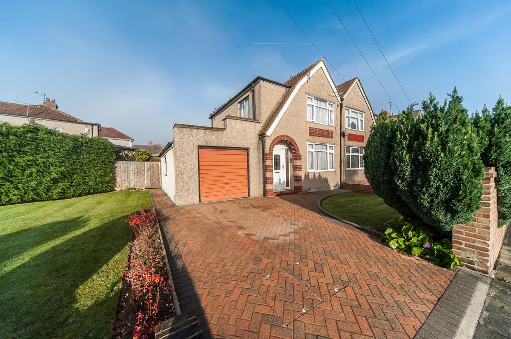 Knowle Avenue, Bexleyheath, Kent, DA7