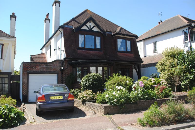 Mount Avenue, Westcliff On Sea, Essex