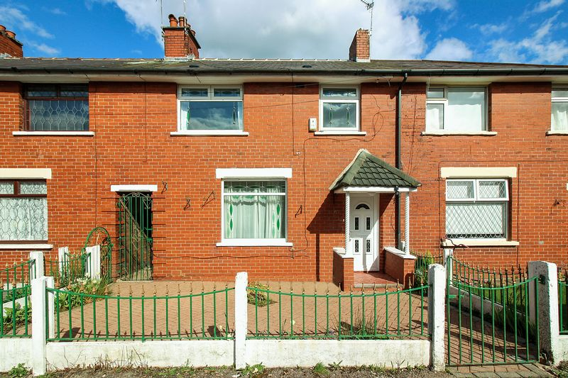 Gloucester Avenue, Whitefield, M45 6bx