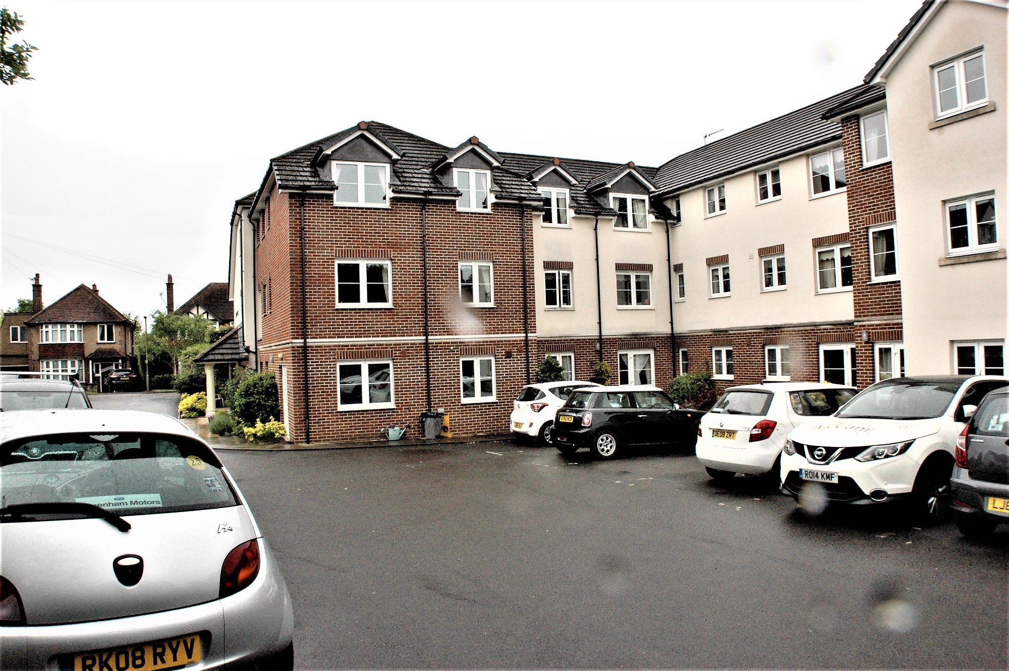 Lynton Court, Park Hill Road, Ewell