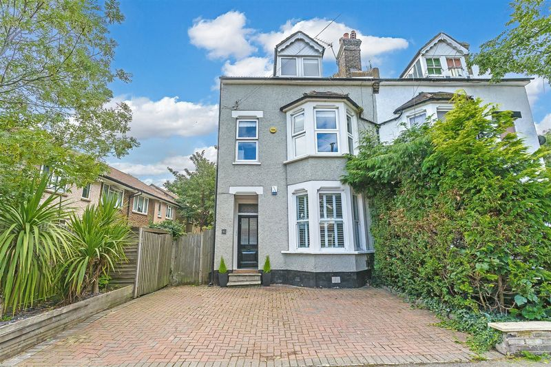 92 Whytecliffe Road North, Purley