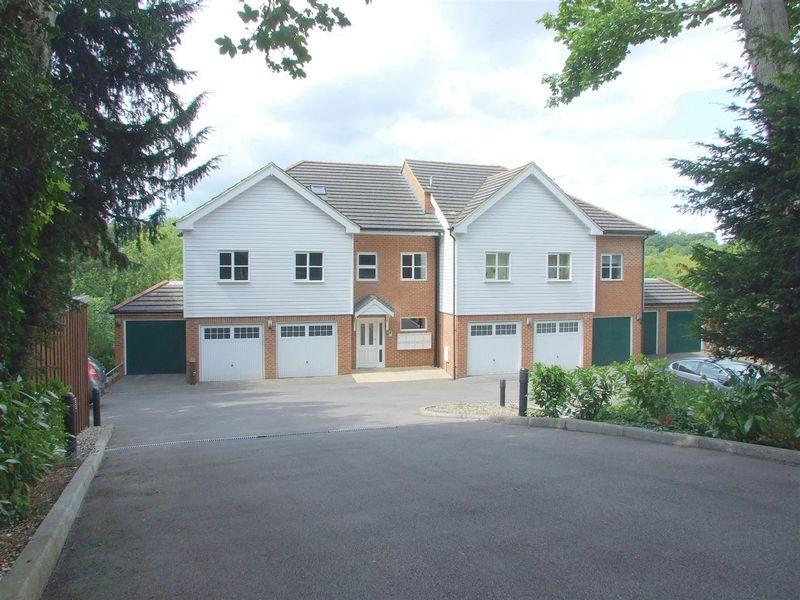 Hermitage Road, Kenley