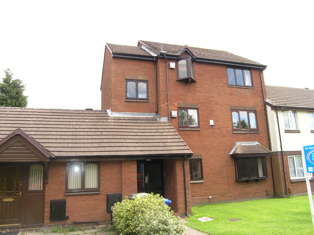 19 Barmouth Close, Callands, Warrington