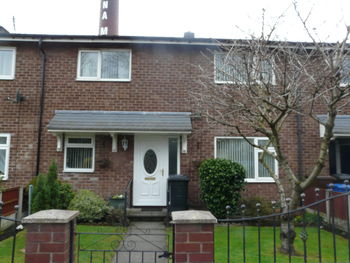Flapperfold Lane, A Superb Double Bedroom Garden Apartment On, Atherton, Manchester