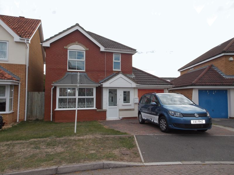 4 Bedroom Detached In Hawkers Close, Cannington