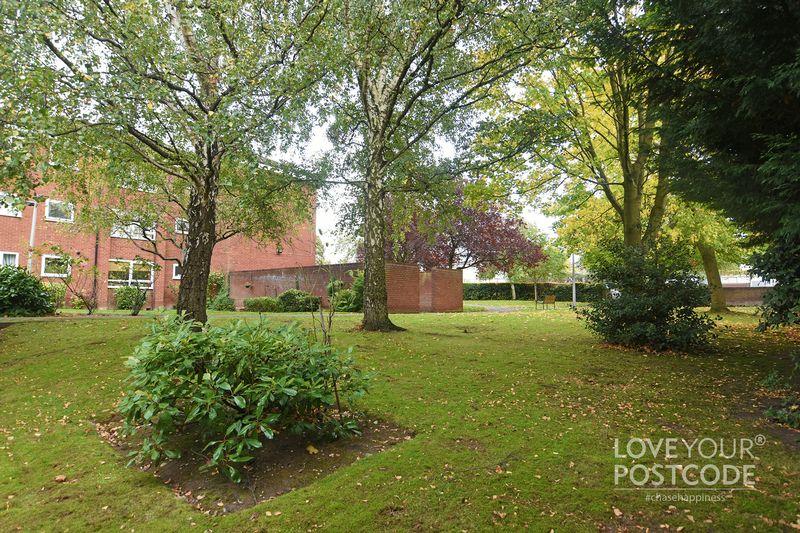 Bellingham Court, Gravelly Hill, Birmingham B23 7pj