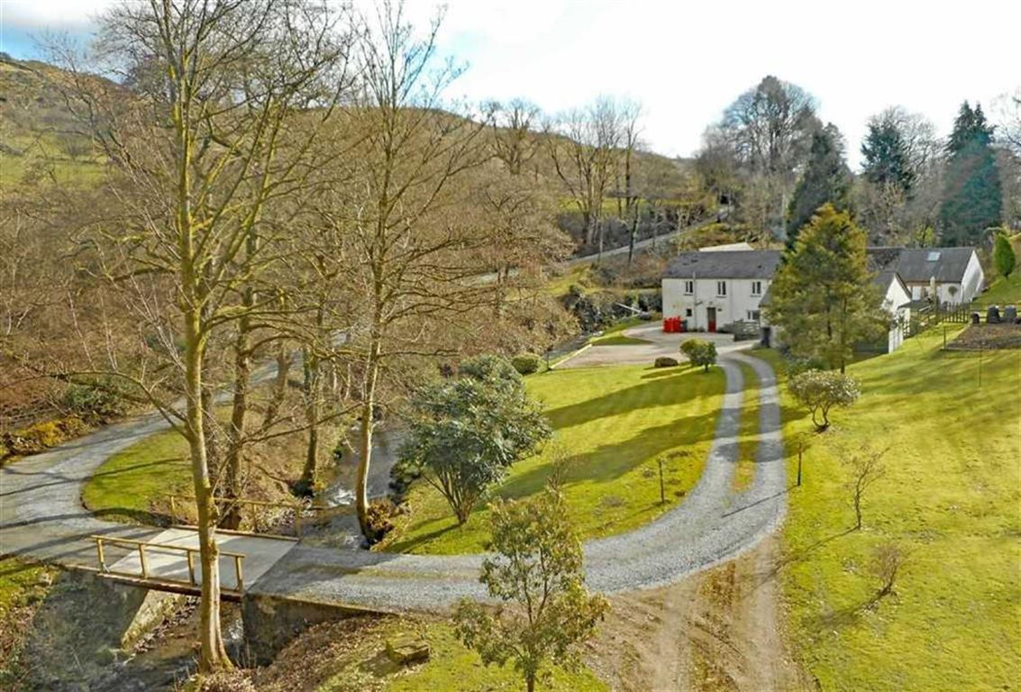 Brook Hollow Cottage And Barn Conversion, Ulverston, Cumbria