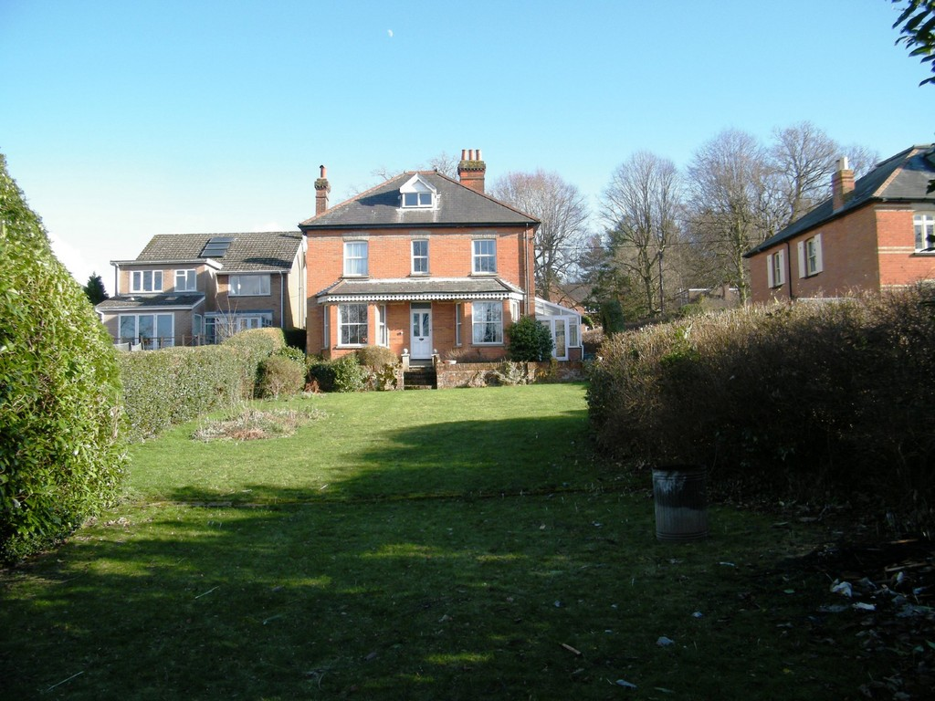 Hutton Road, Ash Vale, Surrey