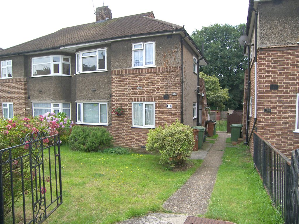 Eversley Avenue, Barnehurst, Kent, DA7