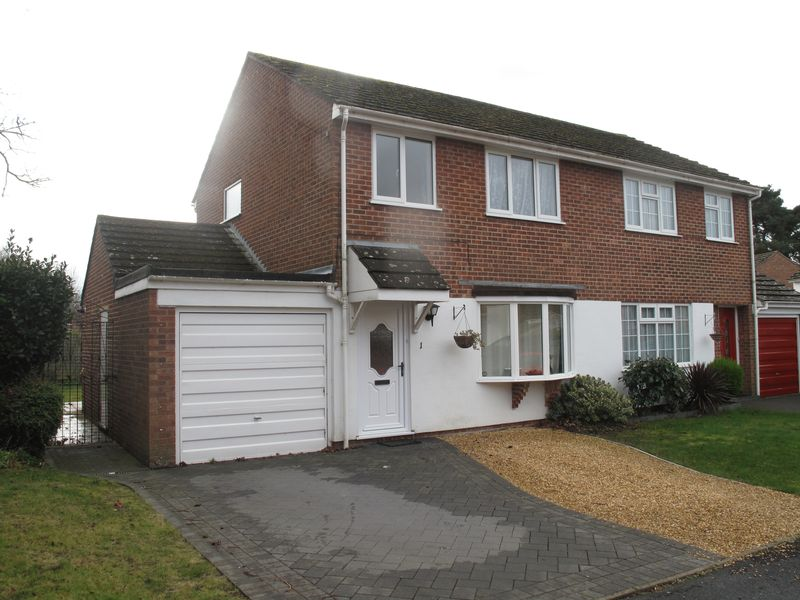 Shearsbrook Close, Bransgore, Christchurch