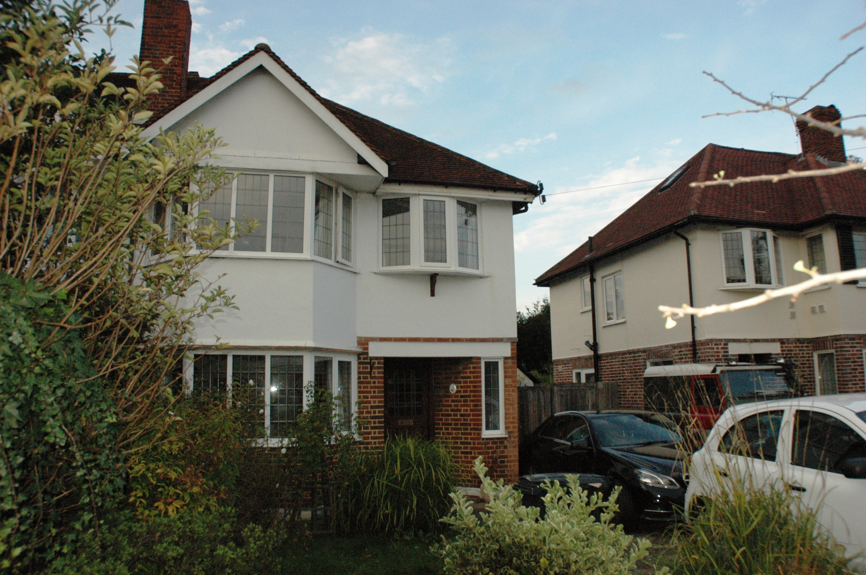 Stoneleigh Park Road, Epsom