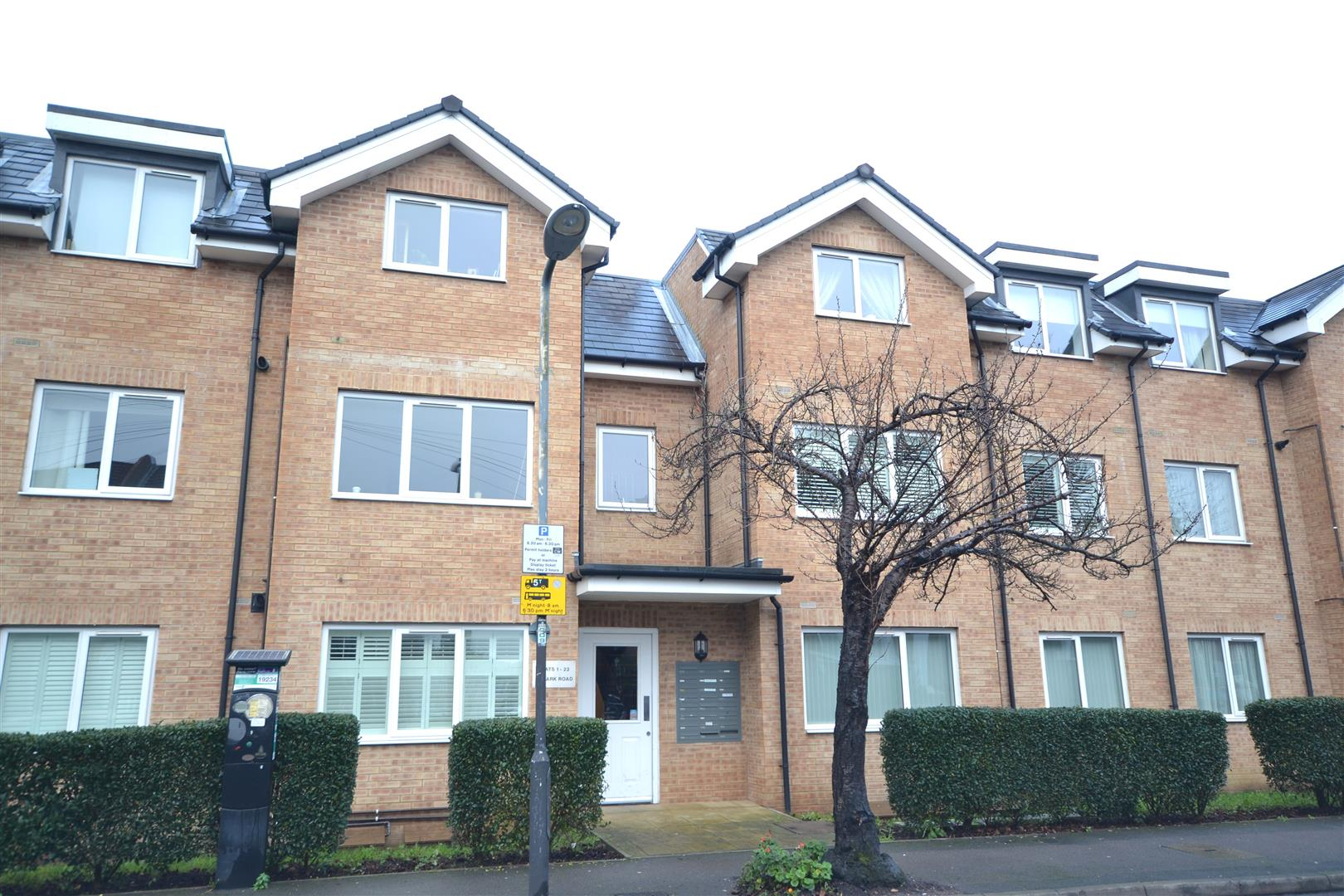 Park Road, Colliers Wood