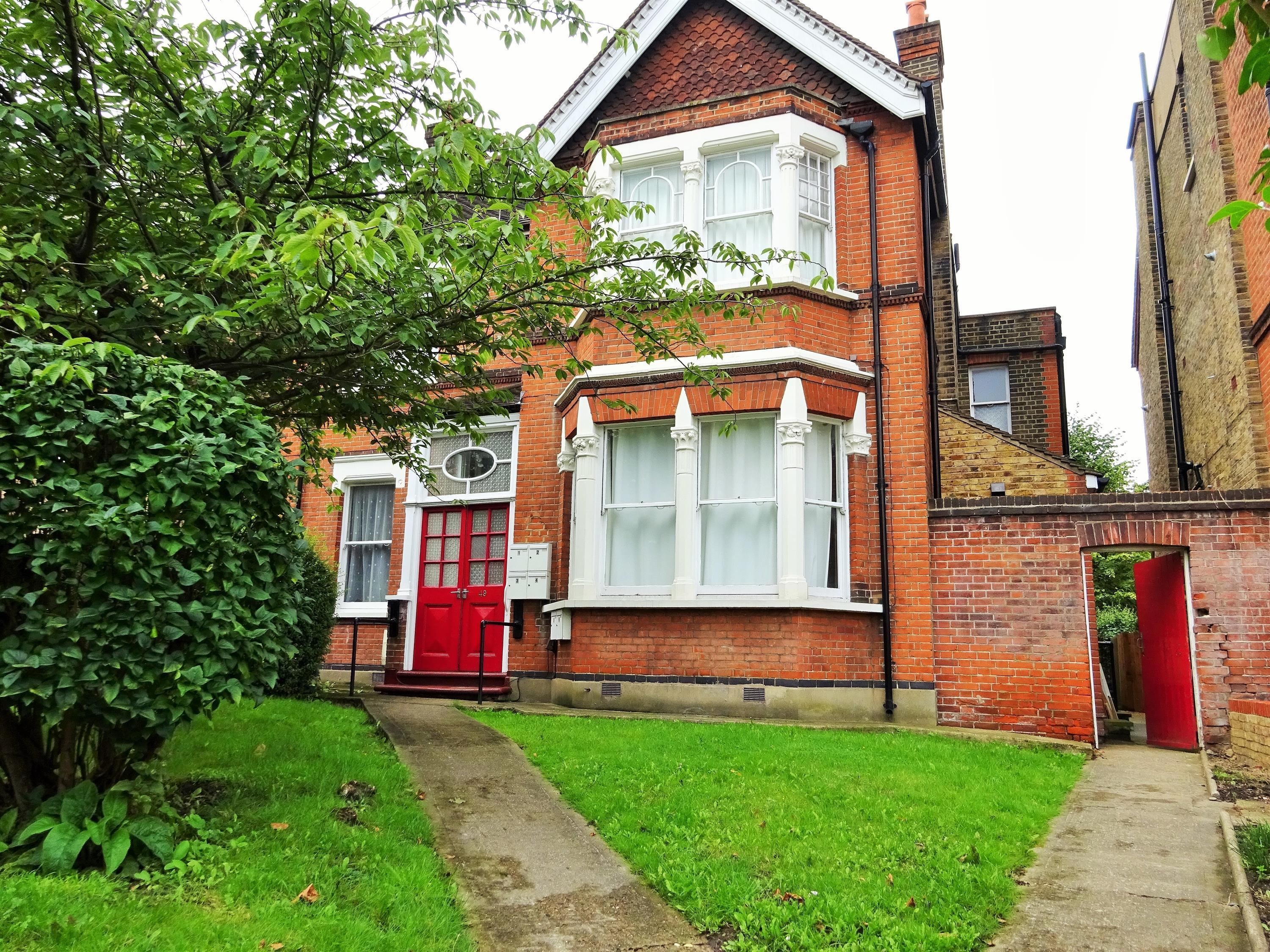 Station Road, Sidcup, Kent, DA15 7DY