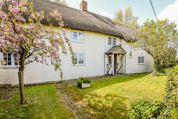 Crabbapple Cottage, Pewsey Vale