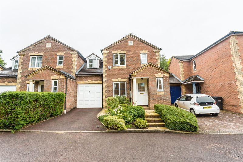 Dittoncroft Close, Croydon / Lloyd Park