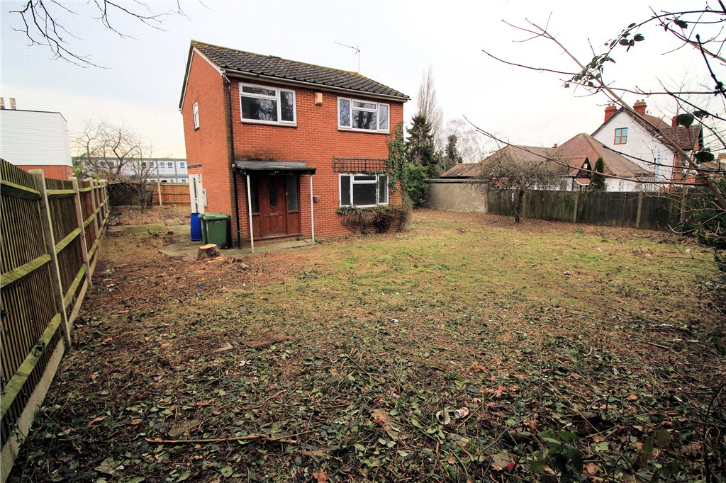 Lesney Park Road, Lesney Park, Erith, Kent, DA8