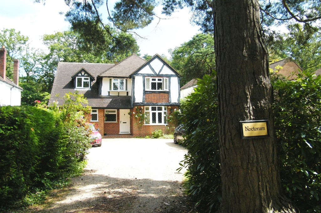 Horseshoe Lane, Ash Vale, Surrey