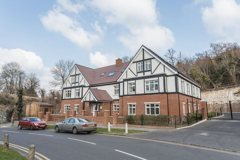 Lower Barn Road, Purley