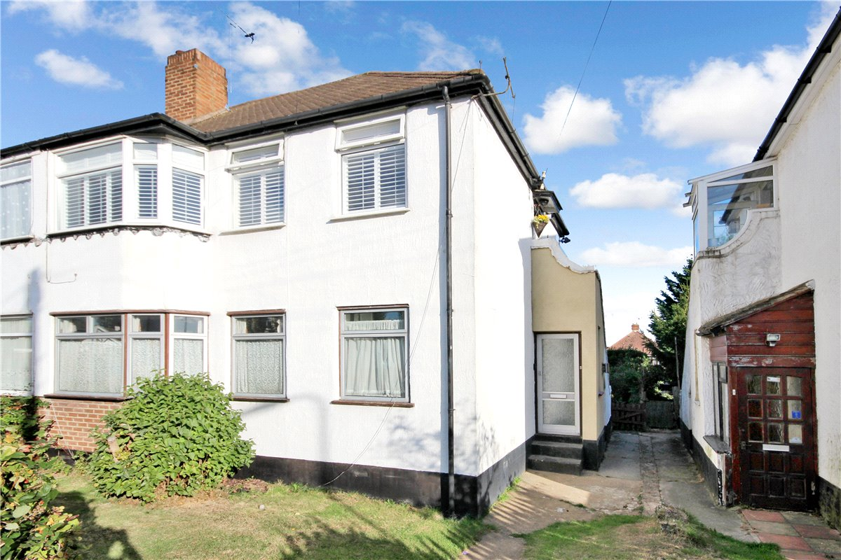 Barnesdale Crescent, Poverest, Kent, BR5
