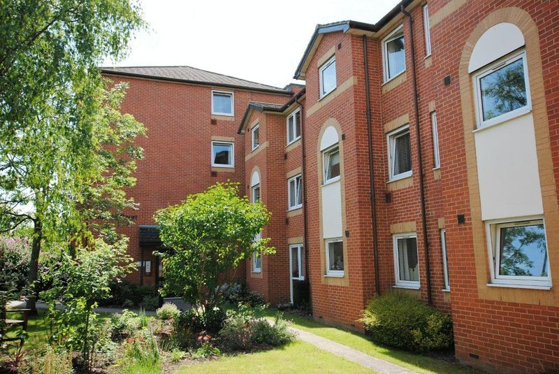 Emerald Court Brighton Road, Coulsdon
