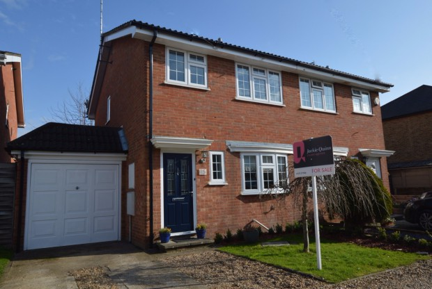 Maple Road,  Ashtead, KT21