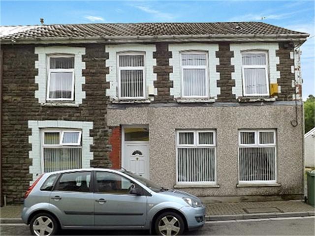 Alexandra Terrace, Cwmaman, ABERDARE, Mid Glamorgan