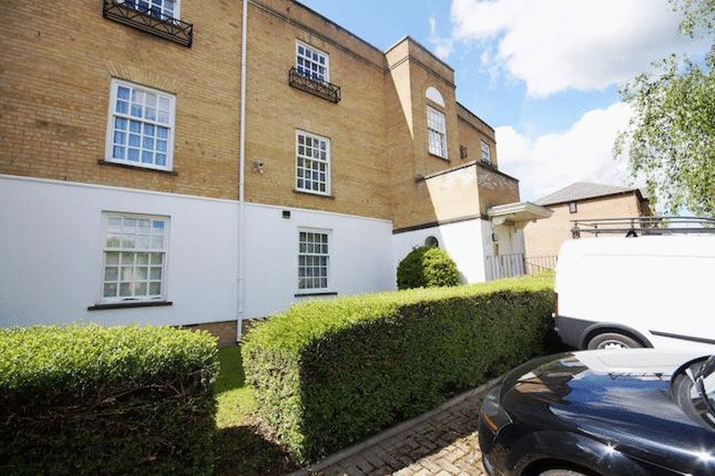 Leigh Hunt Drive, Southgate
