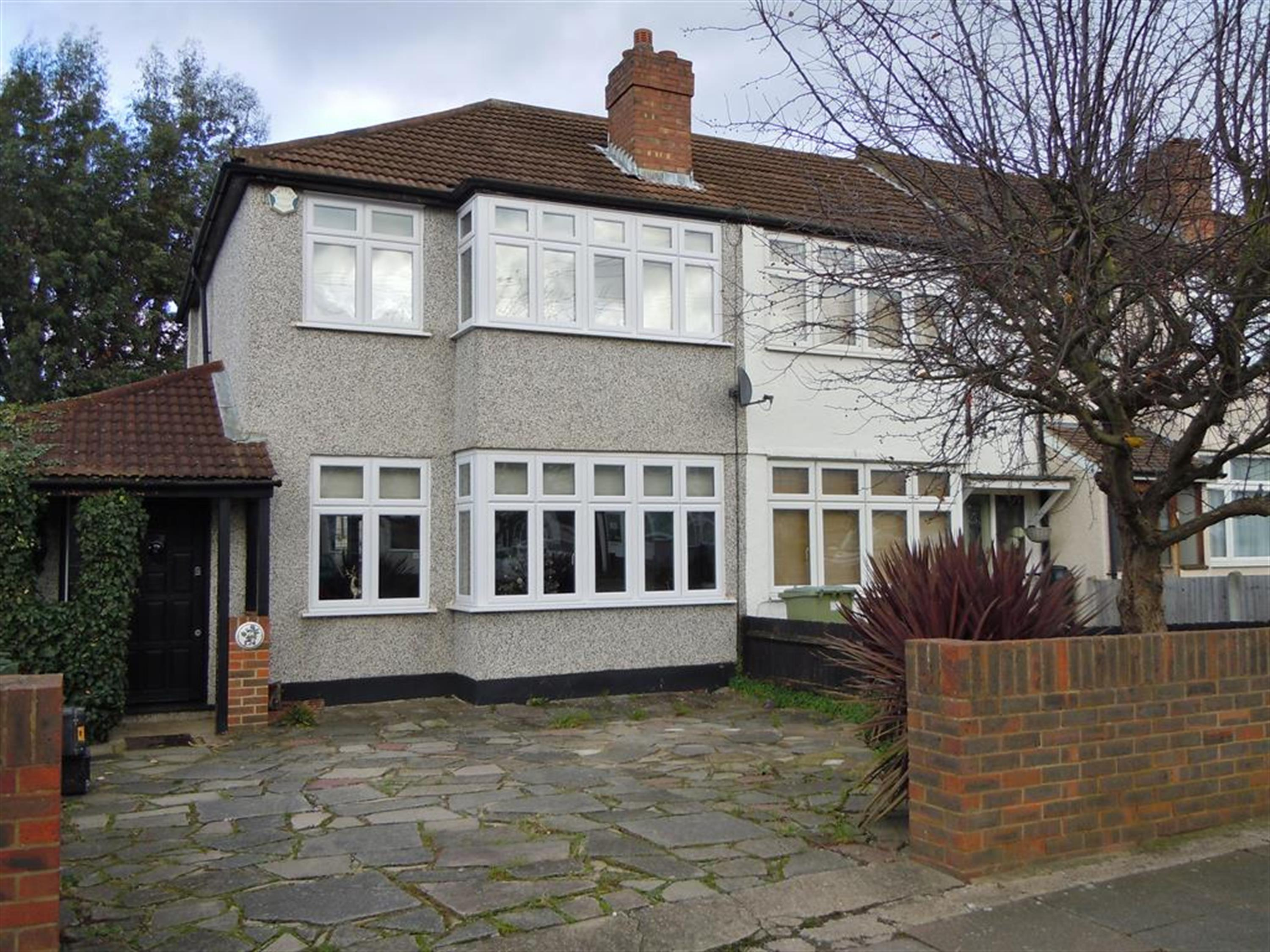 Old Farm Avenue, Sidcup, Kent, DA15 8AL