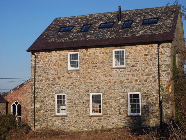 Ty Capel, Brynhenllan, Dinas Cross, NEWPORT, Pembrokeshire