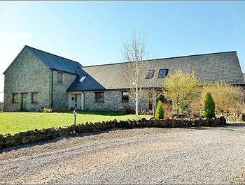 Oakstone Lodge, St Arvans