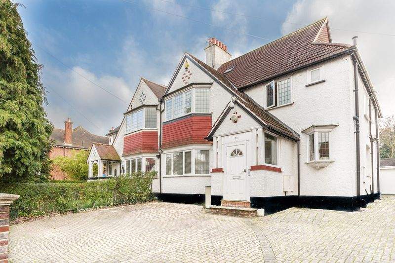 Hillcrest Road, West Purley