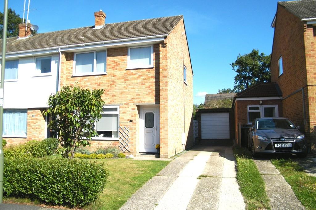 Lynwood Drive, Mytchett, Surrey