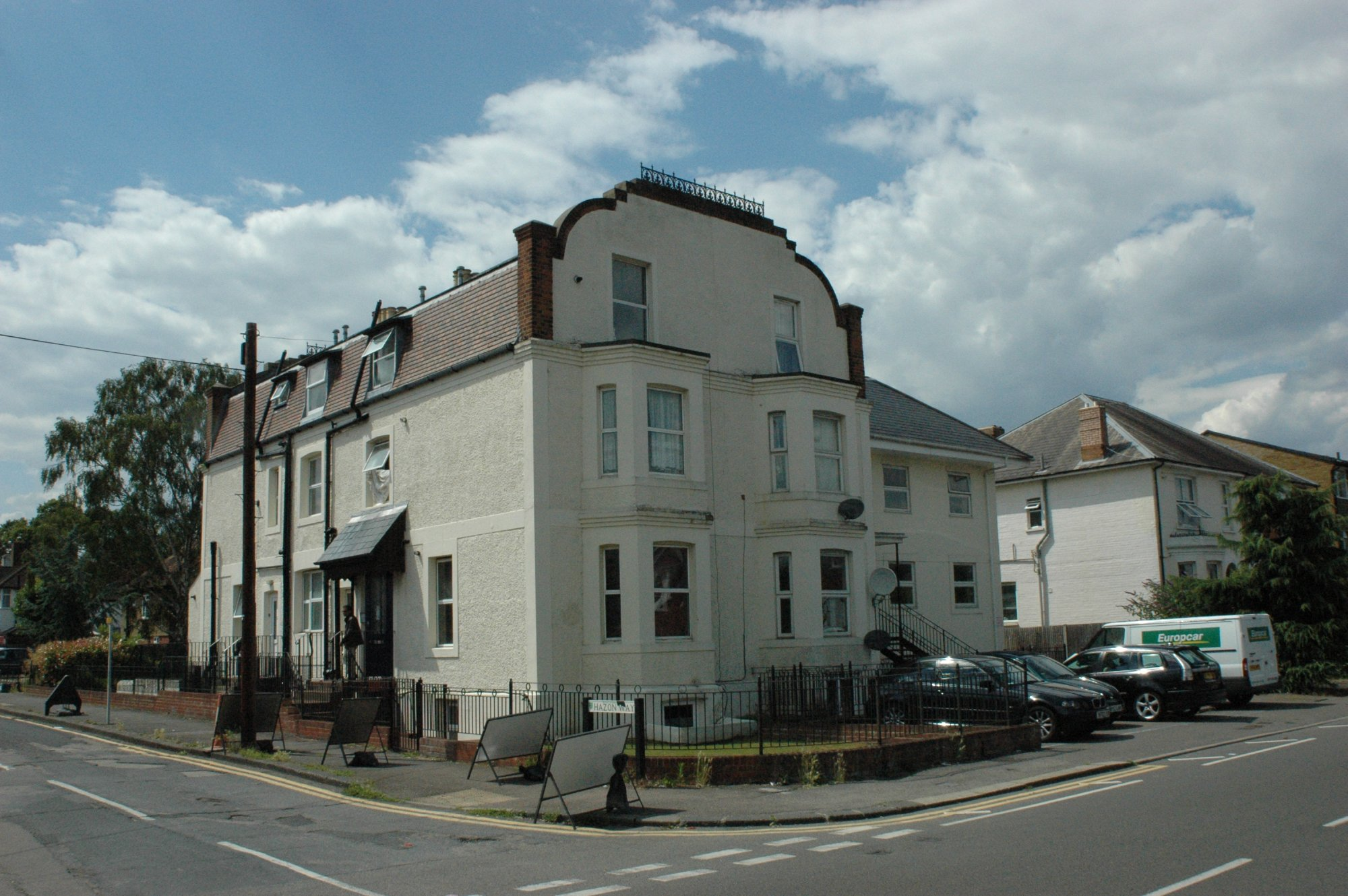 Temple Road, Epsom