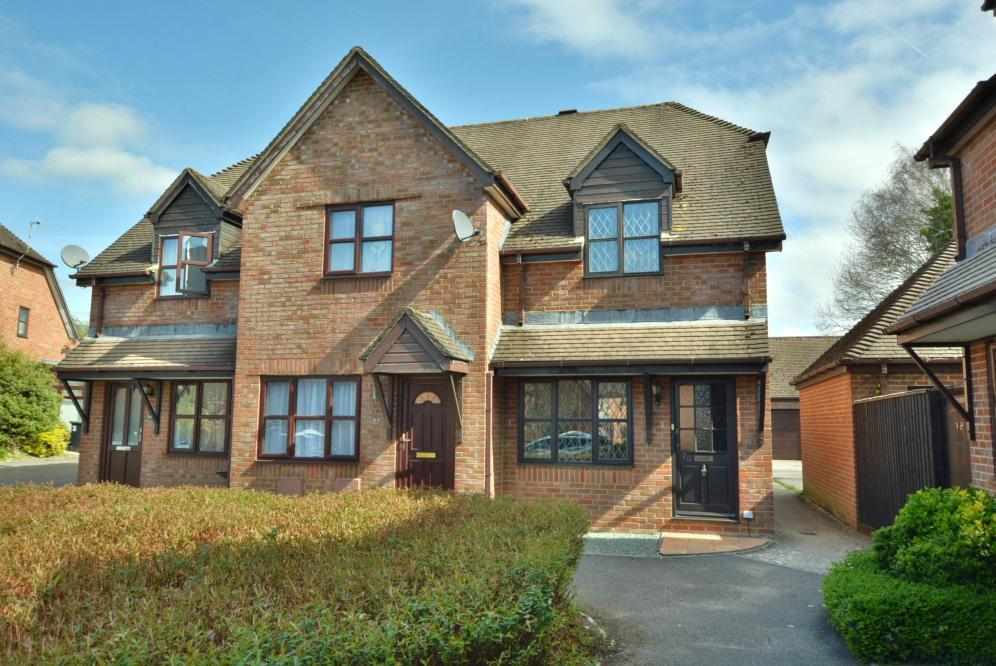 Old Manor Close, Wimborne, BH21 2TB