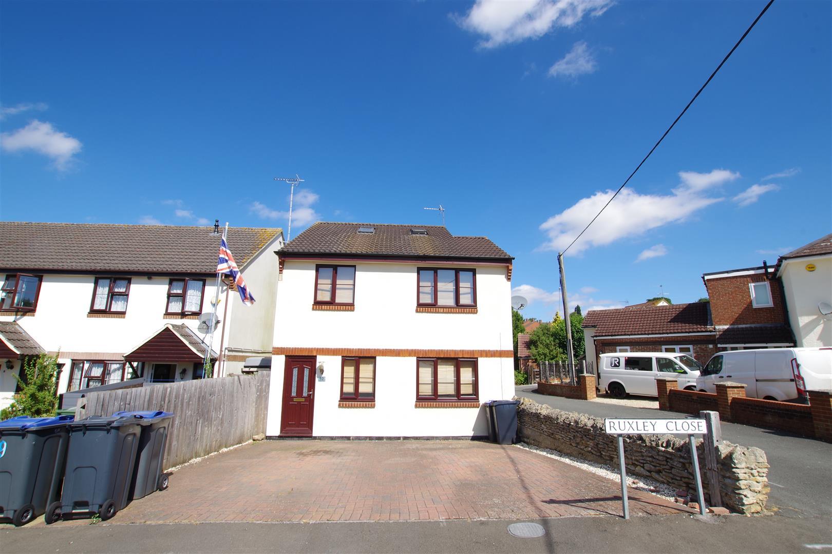 Ruxley Close, Royal Wootton Bassett