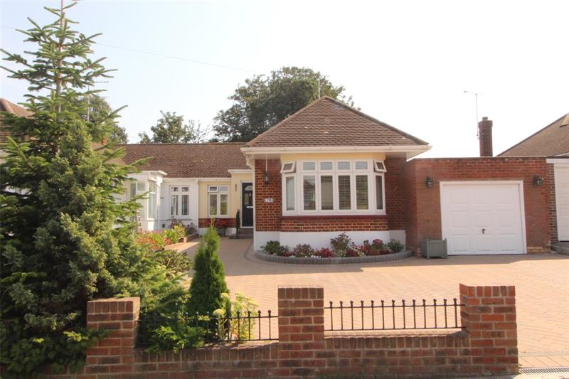 Thorndon Park Drive, Leigh-on-Sea, Essex, SS9