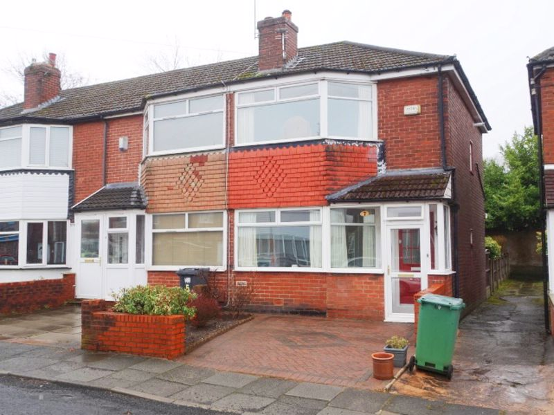 Two Bed Semi-det - Rossall Avenue, Radcliffe