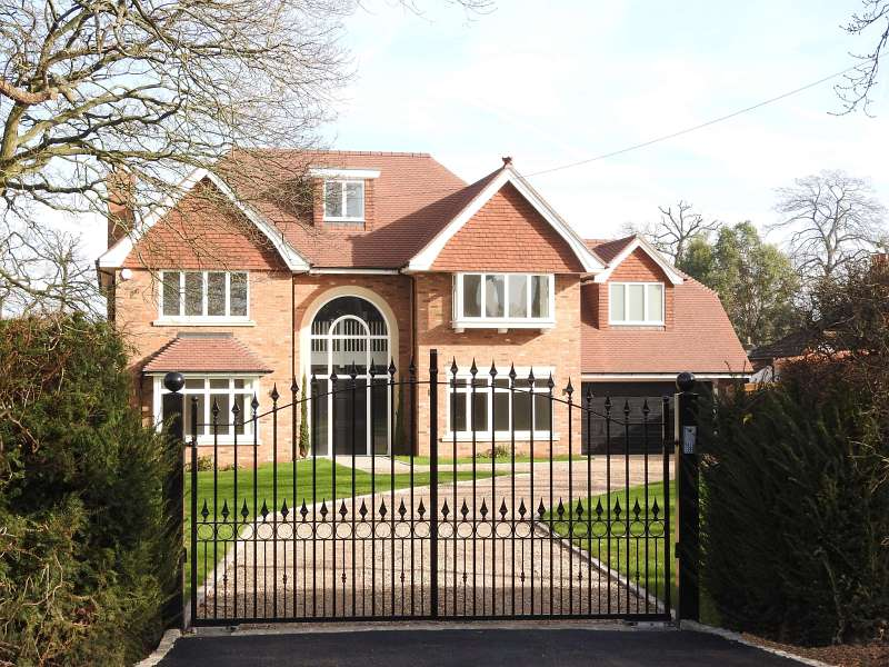 Eastwick Drive, Bookham, Leatherhead KT23