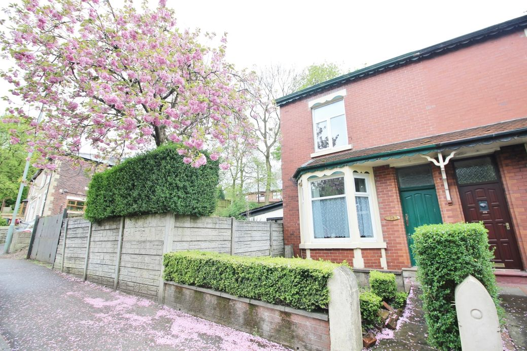 Bolton Road, Blackburn, BB2
