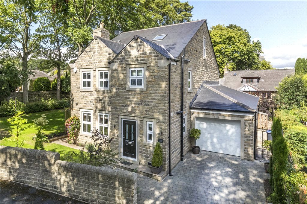 Long Royd Drive, Baildon, West Yorkshire