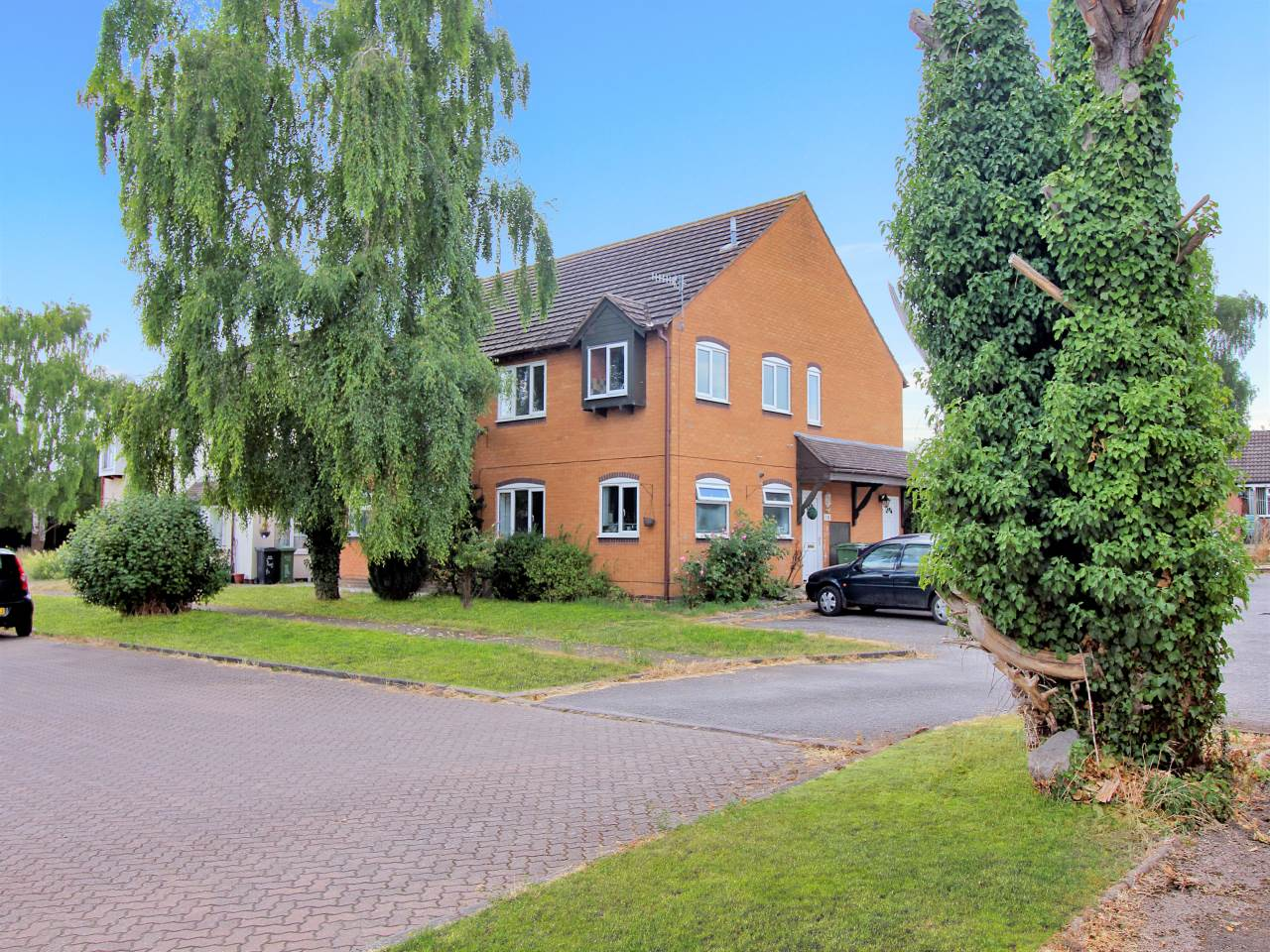 7 Tithe Court, Middle Littleton, Worcestershire