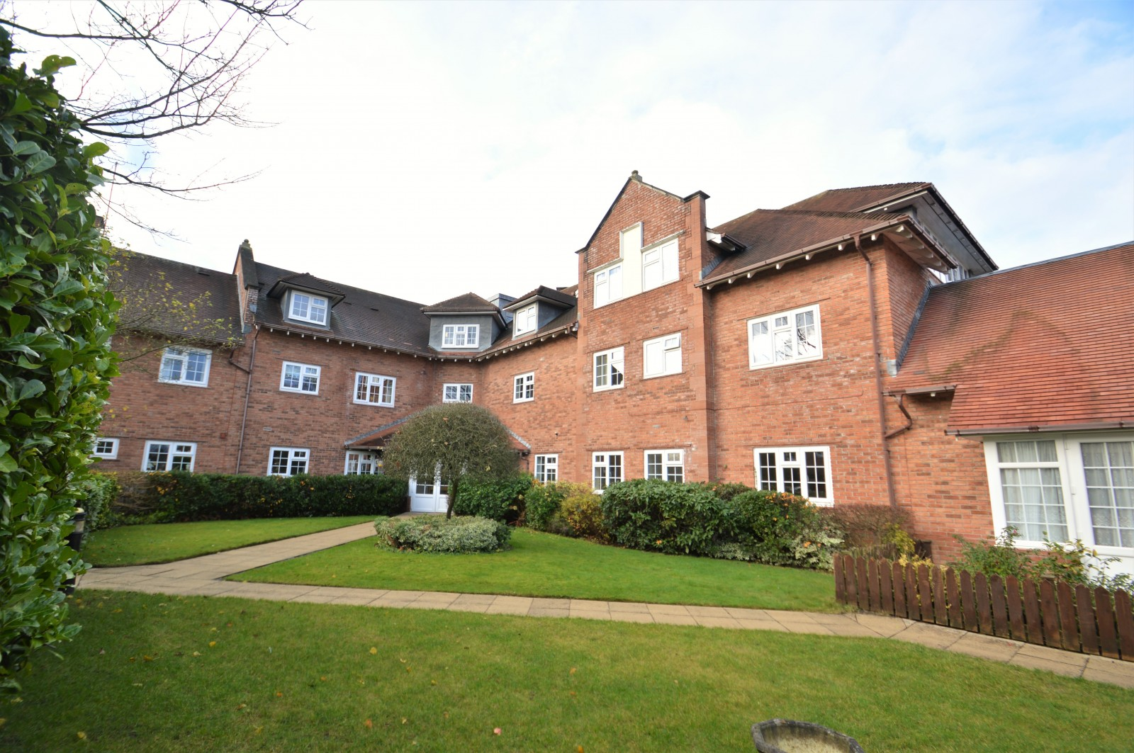 The Oaks, Warford Park, Faulkners Lane, Mobberley