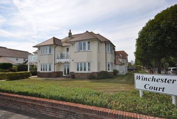 Winchester Court, Winchester Road, Winchester Road, Frinton-on-sea